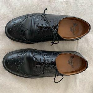 Doc Marten's 3989 Smooth Black oxford Brogue US 10
